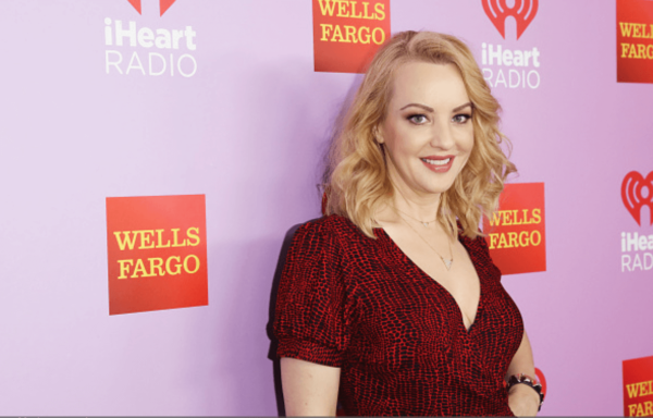 Wendi McLendon-Covey Fansite | Wendi at the Heart80s Party 2016