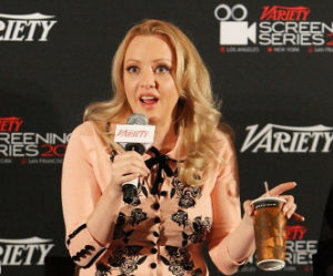 Wendi McLendon-Covey Fansite | Wendi's Guest Judge Spot In October