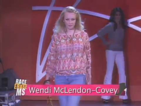 Wendi McLendon-Covey Fansite | The 19th Annual Race to Erase MS Fashion Show
