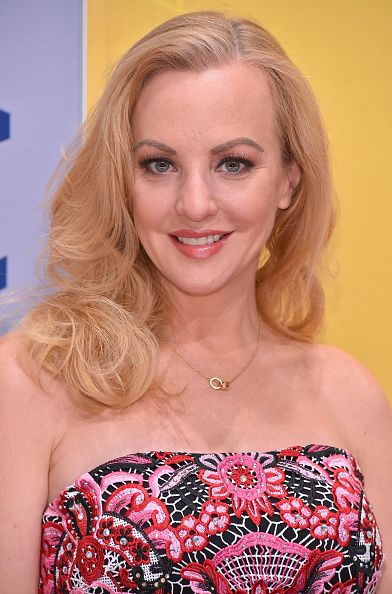 Wendi McLendon-Covey Fansite |  CMA Awards Red Carpet