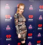 Wendi McLendon-Covey Fansite |  iHeart80s Party 2017